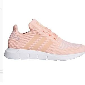 Addidas Peach Originals Swift Runs B7